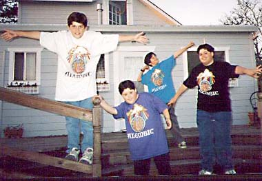 Kids T-shirt pic